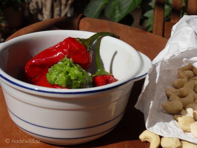 Rucola Pesto mit roter Paprika